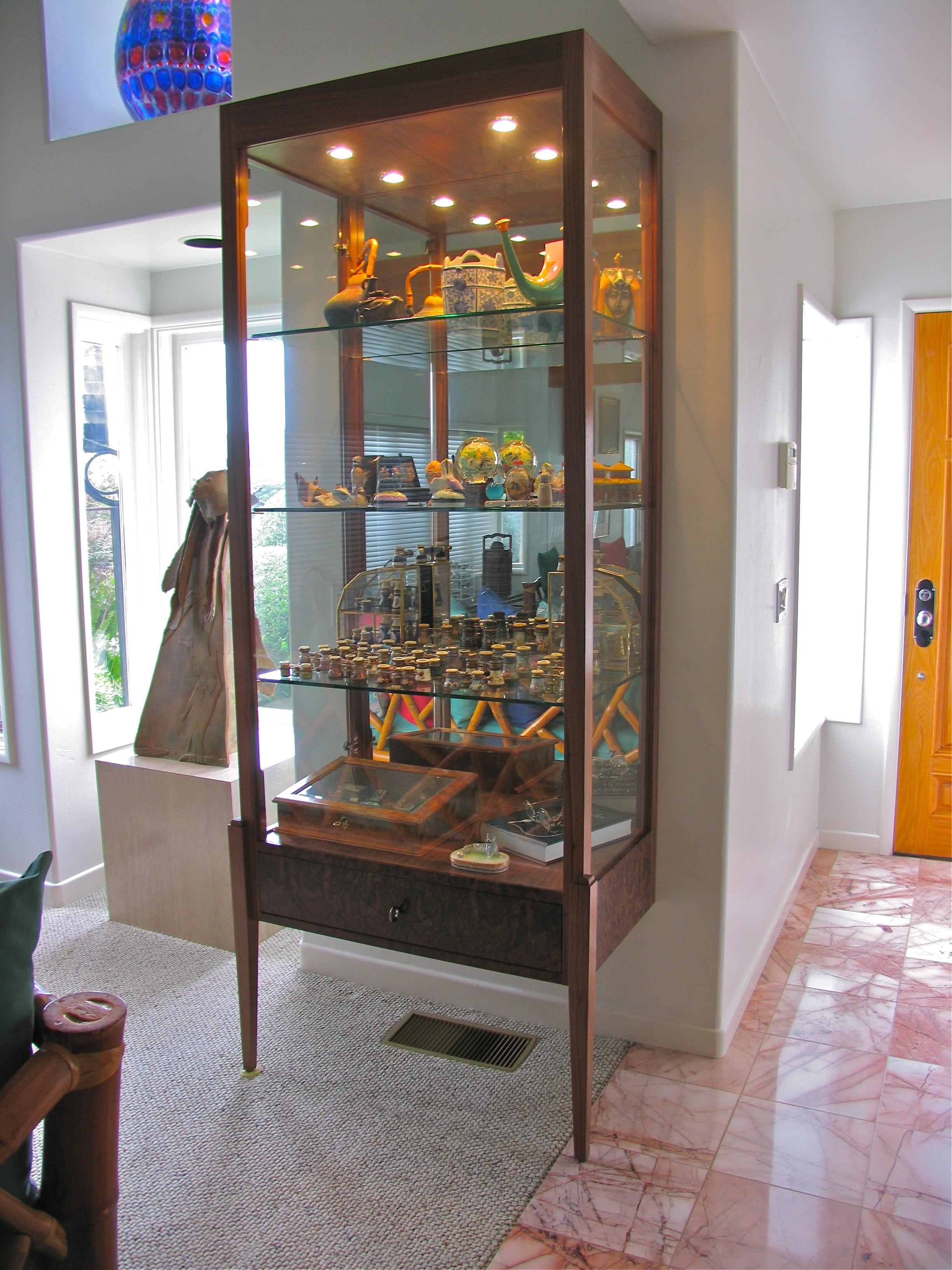 Two leg Display Cabinet