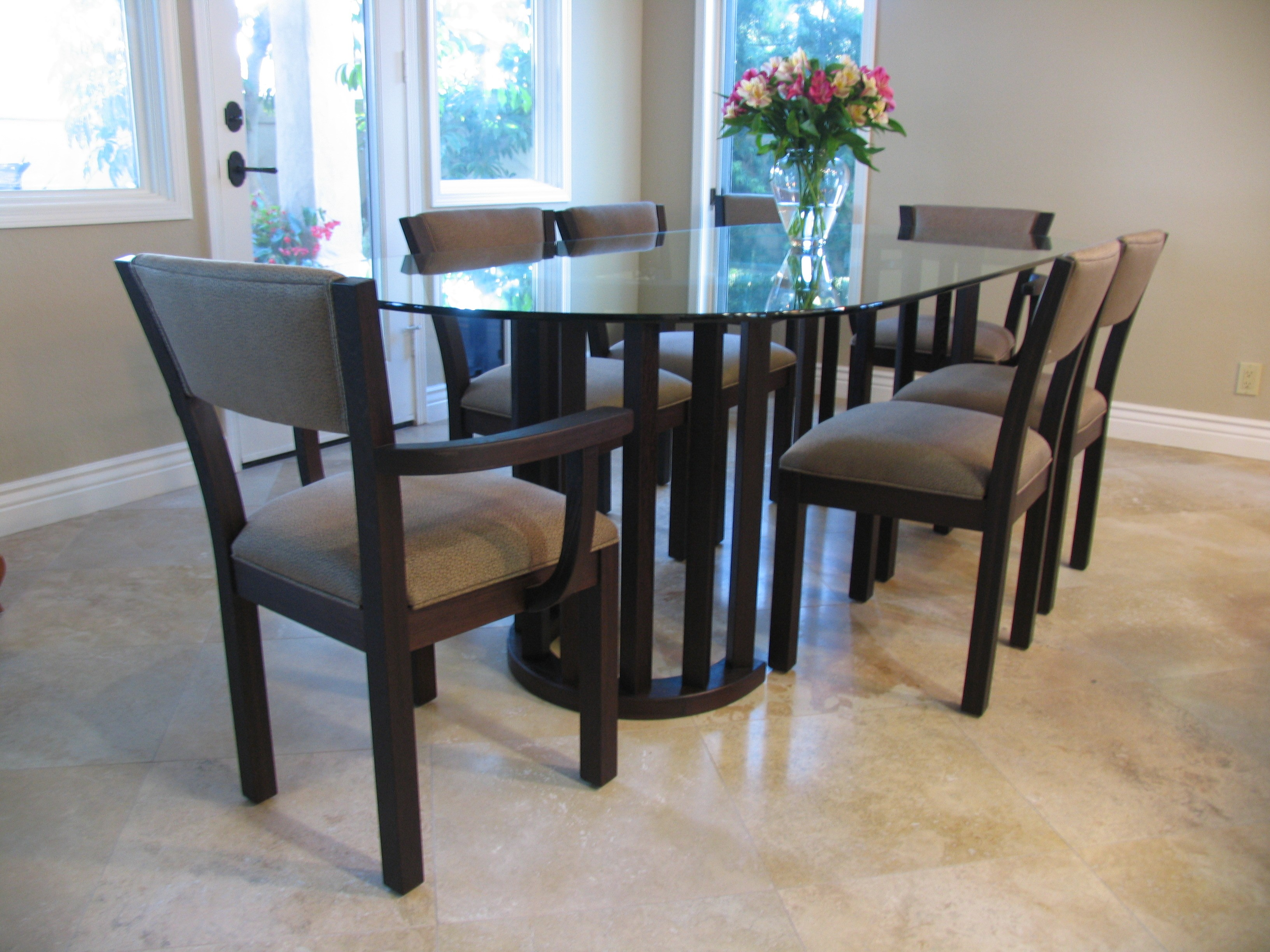 Walnut dining table & chairs (wenge + glass)